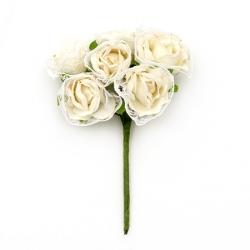 текстилна розичка с дантела